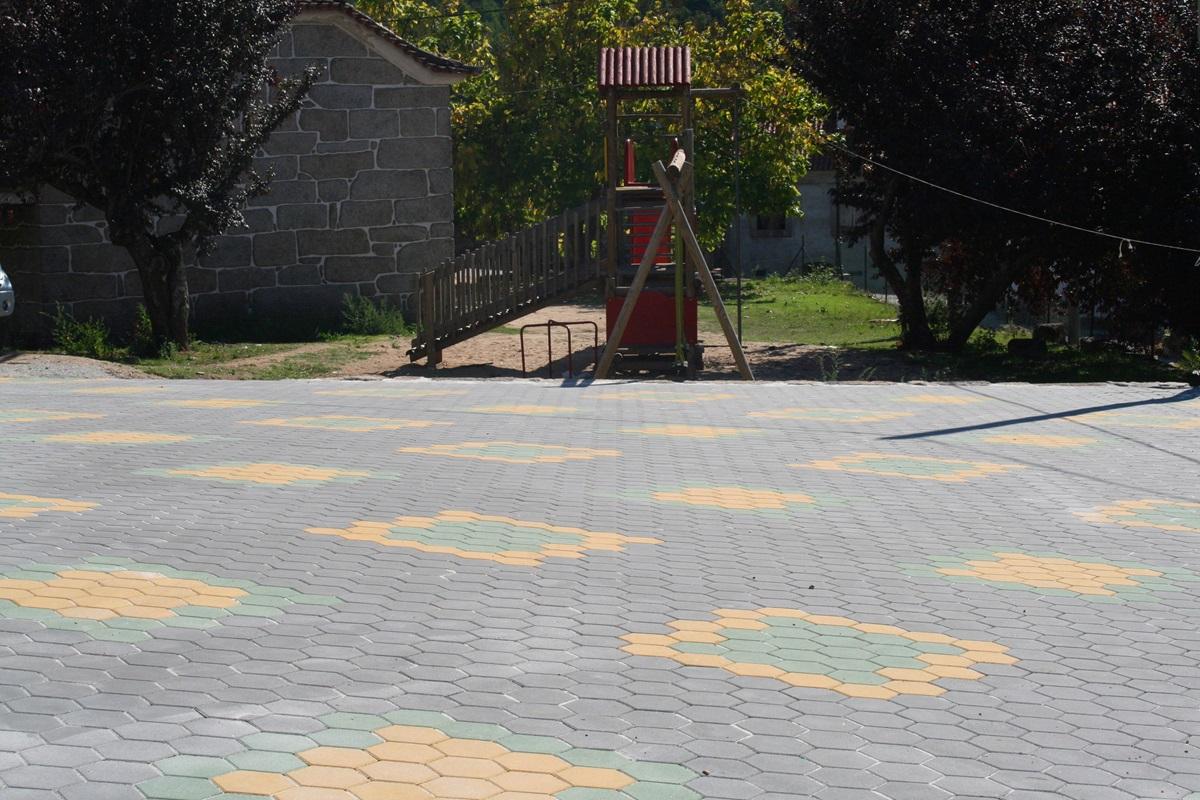 Pavê hexagonal - Mangualde